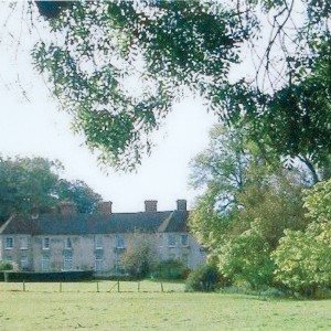 Greywell Hill House